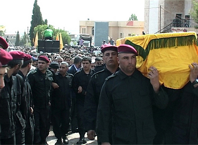 חיזבאללה לא מסרה פרטים על נסיבות המוות. הלוויית אבו עבאס