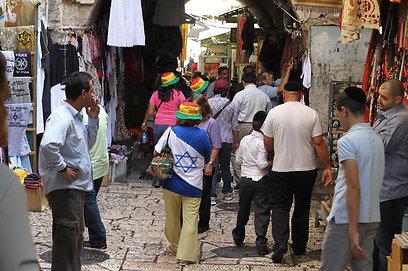 שומר לה אמונים, מרחוק. העיר העתיקה בירושלים  (צילום: גיל יוחנן)