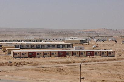 """""""אתרי תרבות ומערכות רפואיות"""". אזור מתקני הכליאה, היום (צילום: הרצל יוסף)"""