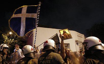 """""""לילה של טרור"""" (צילום: AP)"""