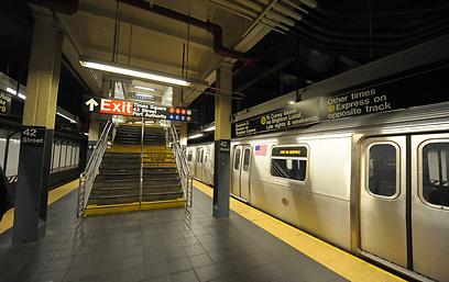 הסאבווי של ניו-יורק. אין תנועה (צילום: EPA)