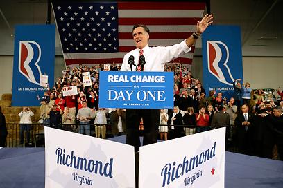 """""""אפשר להשיג נסים"""". מיט רומני מציע """"שינוי אמיתי"""" (צילום: AP)"""