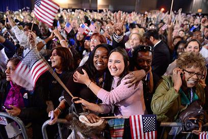 מצביעי אובמה, מכל הצבעים, צעירים ופנסיונרים (צילום: EPA)