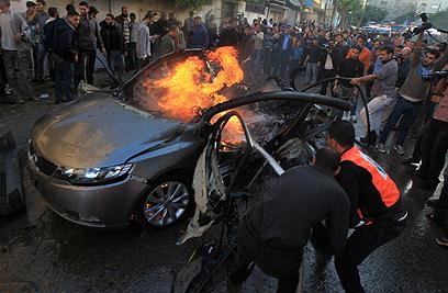 זירת החיסול בעזה. ככל הנראה, הגופה נשרפה כליל (צילום: AFP)
