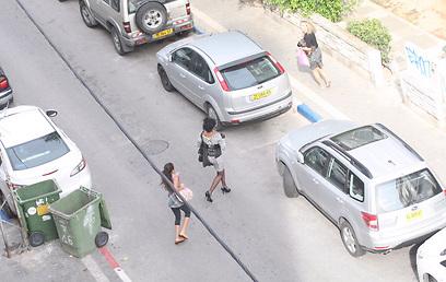 אזעקה ברחובות העיר (צילום: מוטי קמחי)