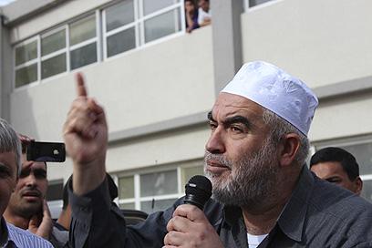 """ראאד סלאח. """"המלחמה היא תחרות על קולות בבחירות"""" (צילום: אתר אלערב)"""
