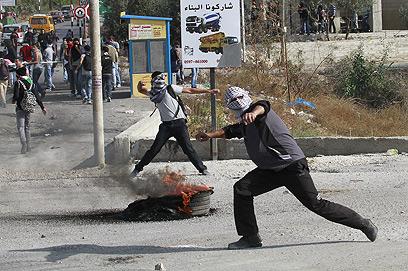מהומות בבית לחם (צילום: EPA)