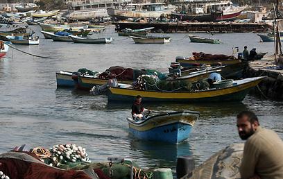 דייגים ברצועת עזה, היום (צילום: AFP)