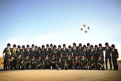 """מסיימי קורס הטיס (צילום: דובר צה""""ל)"""