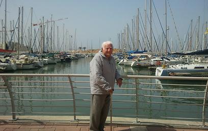 """""""ישראל ארץ זבת חלב ודבש"""". לדרמן נהנה בעשור ה-11 לחייו"""