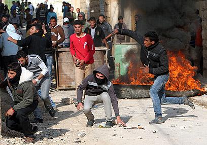 זירת עימות בטמון (צילום: AP)