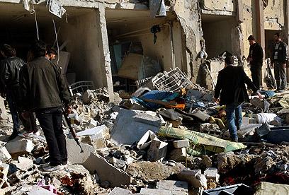 הריסות באוניברסיטה בחלב אחרי הפצצה של צבא אסד (צילום: EPA)