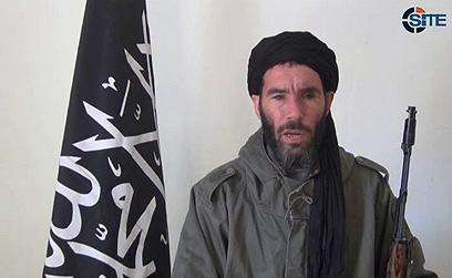 ראש ארגון הטרור שחטף, מוכתאר בלמוכתאר (צילום: AP)