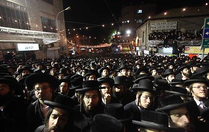 """""""הציונים הם עמלקים אמיתיים, ועל כן חייב כל יהודי לנהל נגדם מלחמת חורמה"""". העצרת אמש (צילום: גיל יוחנן)"""