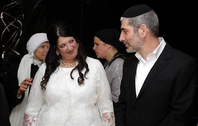 אלישבע וגיל בחתונתם. היא רצתה לשדך - ומצאה אהבה (צילום: גיל יוחנן)