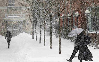 שלג כבד בטורונטו שבקנדה (צילום: רויטרס)