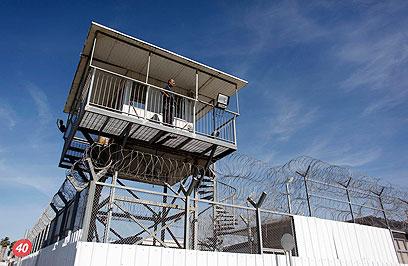 כלא איילון. התא השמור במדינה (צילום: רויטרס)