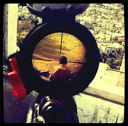תמונת הצלף והילד הפלסטיני