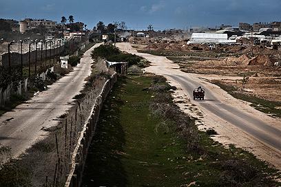 גבול מצרים-עזה (צילום: EPA)