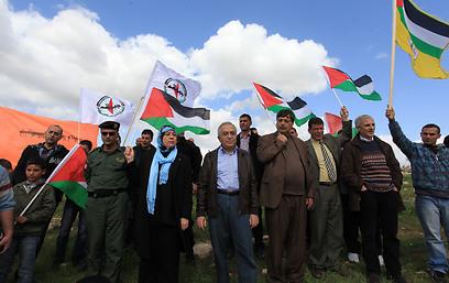 סלאם פיאד בהפגנה בכפר בילעין
