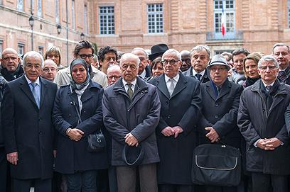 טקס זיכרון בטולוז, היום (צילום: AP)