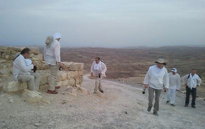 """מנוחה. """"במדבר אין לאן לברוח"""" (צילום: rjc.ru)"""