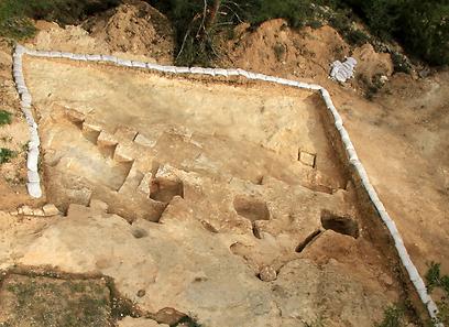 המקווה שנחשף ליד קרית מנחם (צילום: Skyview, באדיבות רשות העתיקות)
