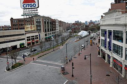 בוסטון נטושה אתמול בשעות הצהריים, שעון מקומי (צילום: AP)