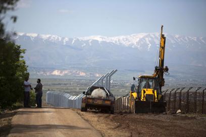 הגבול ברמת הגולן. הכוחות בכוננות מוגברת (צילום: AFP)