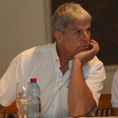 פונטי. עורך דינה של שלזינגר טוען כי הוא פועל מניגוד אינטרסים (צילום: אורן אהרוני)