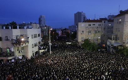 ההפגנה בירושלים, הערב (צילום: אוהד צויגנברג)