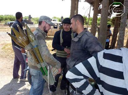 מאבק עז של המורדים בקוסייר (צילום: AP)