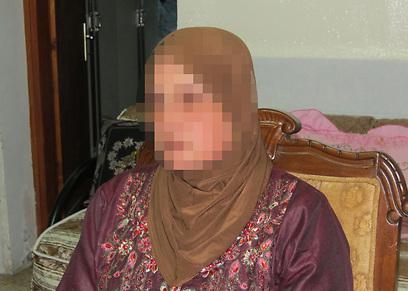 """""""בהתחלה האמנו לו"""". האישה שהובילה למעצר (צילום: חסן שעלאן)"""