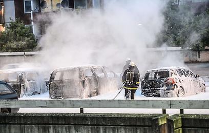 אחרי המהומות בפרבר של שטוקהולם (צילום: AFP)