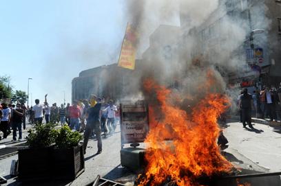 כיכר טקסים באיסטנבול אחר הצהריים (צילום: AFP)