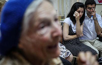 סיפורי הניצולים ודמעות האיראנים (צילום: אבישג שאר-ישוב)