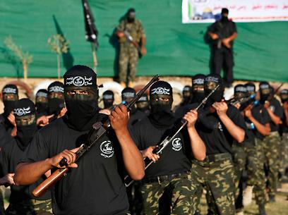 מחנה קיץ של ועדות ההתנגדות (צילום: AP)