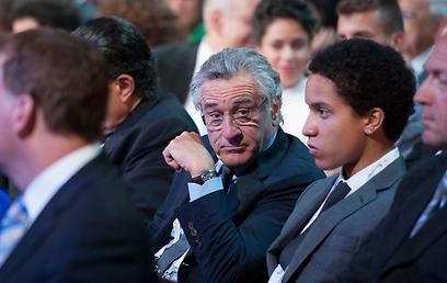רוברט דה נירו ובנו. הופתע מעדי אשכנזי (צילום: עומר מירון)