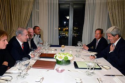 """פגישה בירושלים בין נתניהו, קרי ולבני  (צילום: קובי גדעון, לע""""מ)"""