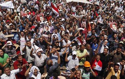 מפגן התמיכה הענקי של האיסלאמיסטים במורסי (רויטרס)