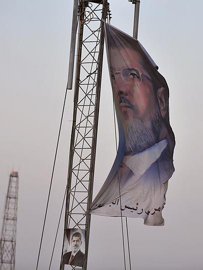 תומכיו של הנשיא המודח נערכים להפגנות היום (צילום: AFP)