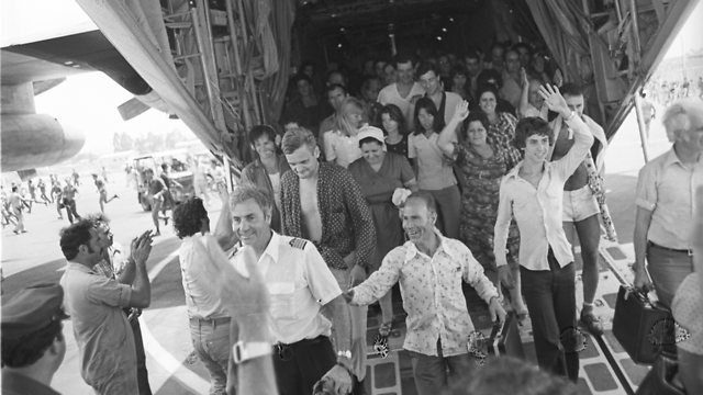 Air France pilot recounts: 'We were not going to leave the Jewish passengers in Entebbe'