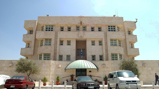 israels jordan embassy to resume full operations following israels