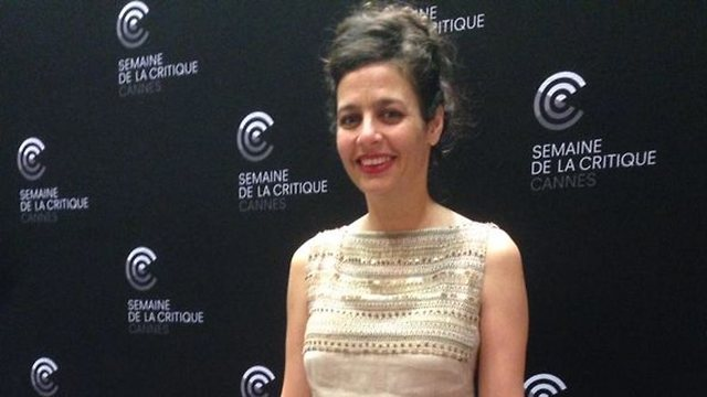 Poet's daughter ridicules defense minister in poem