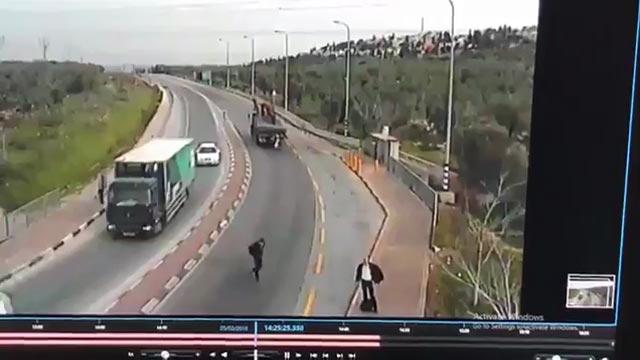 news - פיגוע ב אריאל שדרות ירושלים איתמר בן גל נרצח תושב הר ברכה אלימות  דקירה