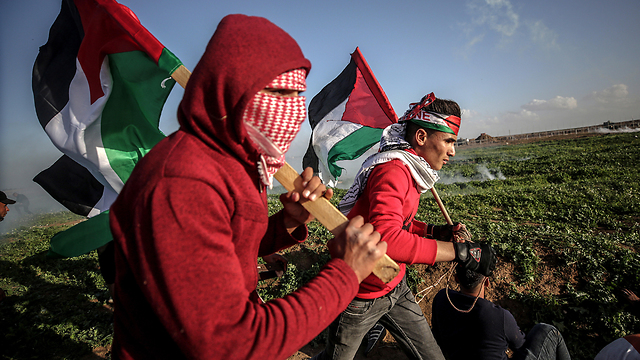 Israel must stop dancing to Hamas' tune
