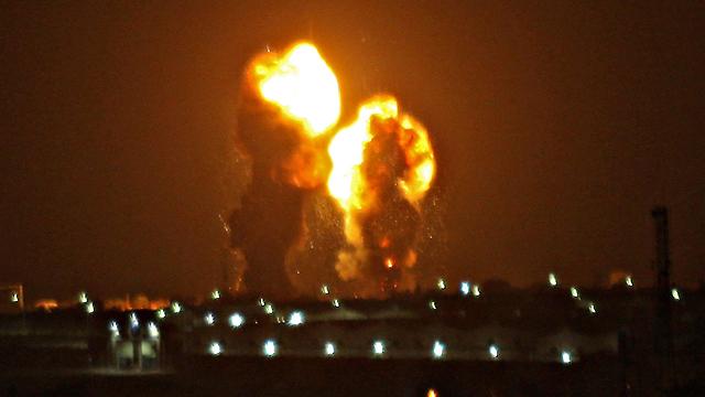 Israeli military strikes Hamas targets in Gaza in response to Be'er Sheva rocket fire
