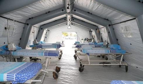 """Полевой госпиталь в """"Шибе"""" для изоляции карантинных больных (Photo: Yariv Katz)"""