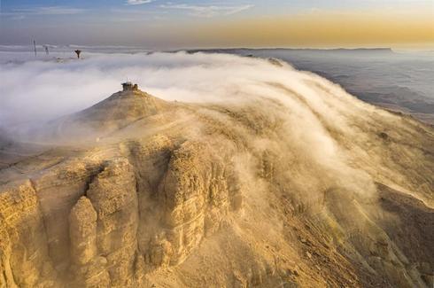 В дымке облаков, Махтеш-Рамон. Фото: Гилад Топаз