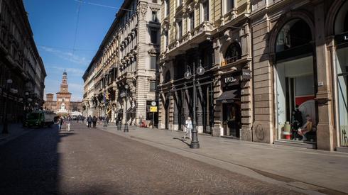 Округ Ломбардия: улицы опустели, туристы покинули города (Photo: EPA)